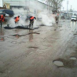 Правительство распределило 17 млрд руб. на ремонт дорог в регионах